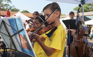 Art Hop September 2021 Stop 1: Crescendo Violinists